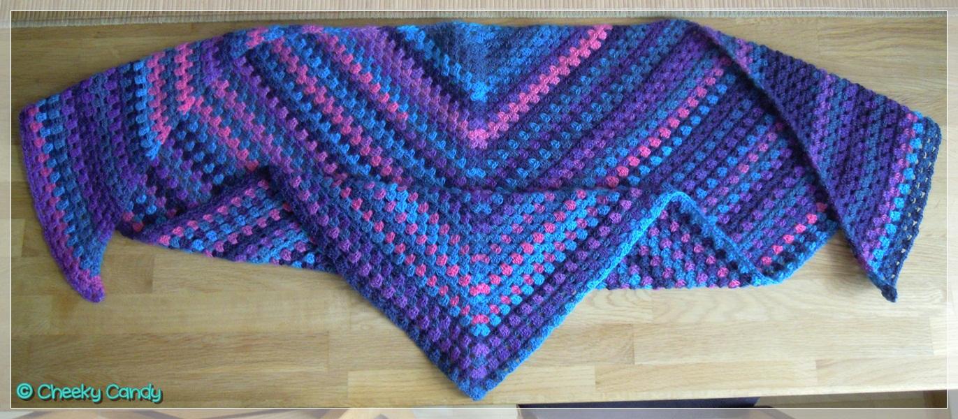 Mein Erstes Half Granny Square Dreieckstuch